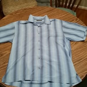 Tommy Bahama ss button down,M,blue